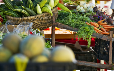 Shop at your local farmers market and let food be your medicine